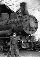 5861蒸気機関車(当時)-thumb-autox240-6354[1].jpg