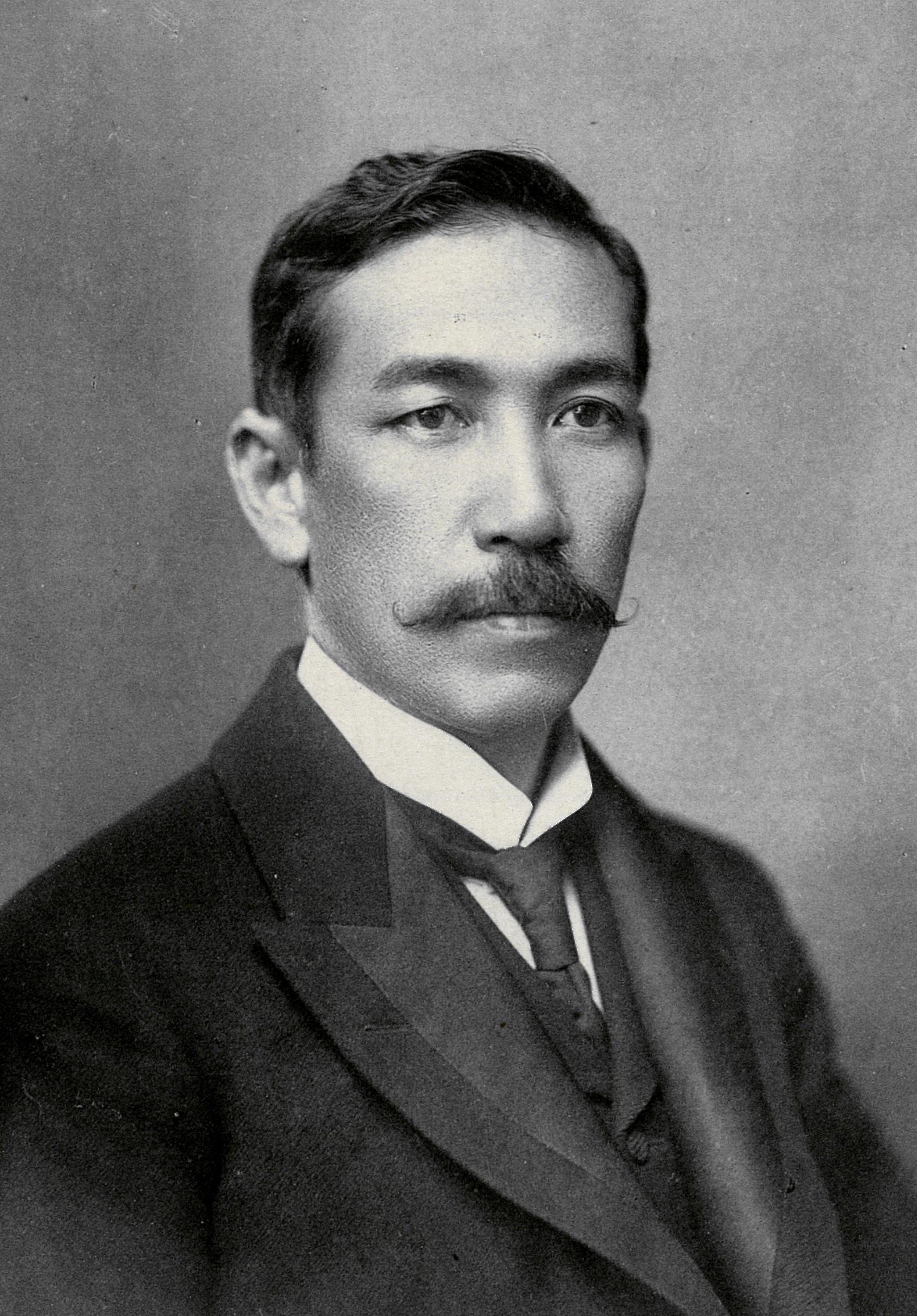 http://www.suzukishoten-museum.com/blog/images/mizusima%20tetsuya%20kocho.jpg